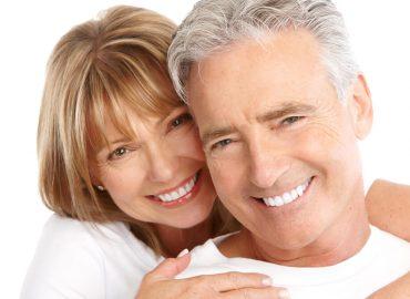 Veštački zubi - Lep osmeh do duboke starosti